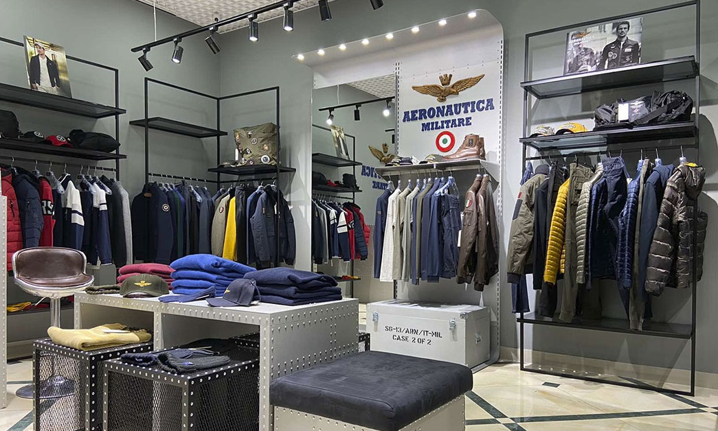 Магазин одежды Aeronautica Militare г. Одесса