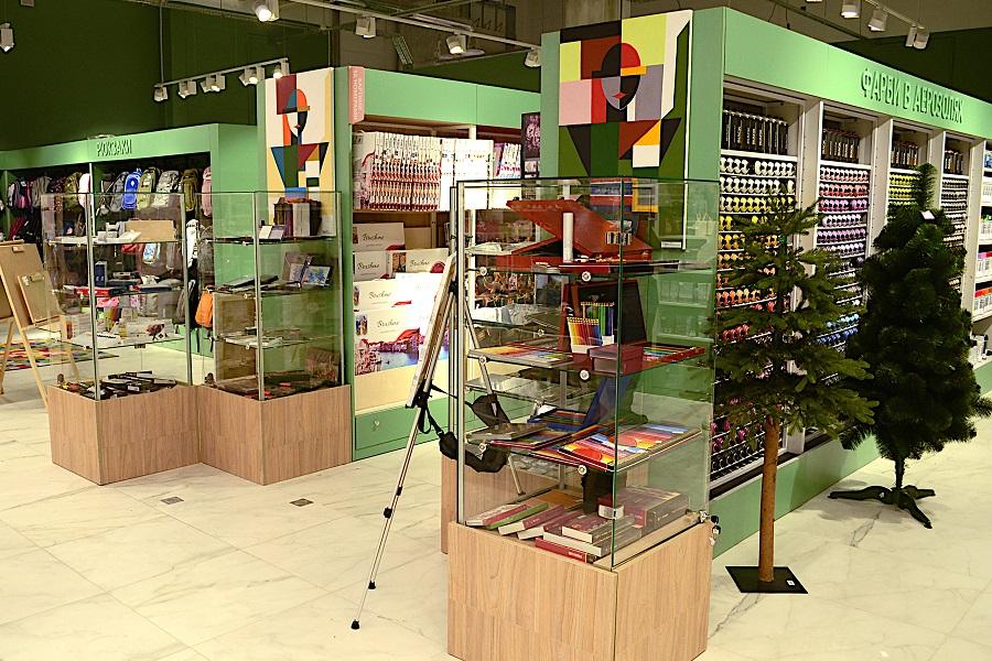 Магазин канцелярии «Librarium»,  ТРЦ «Blockbuster Mall» г.Киев