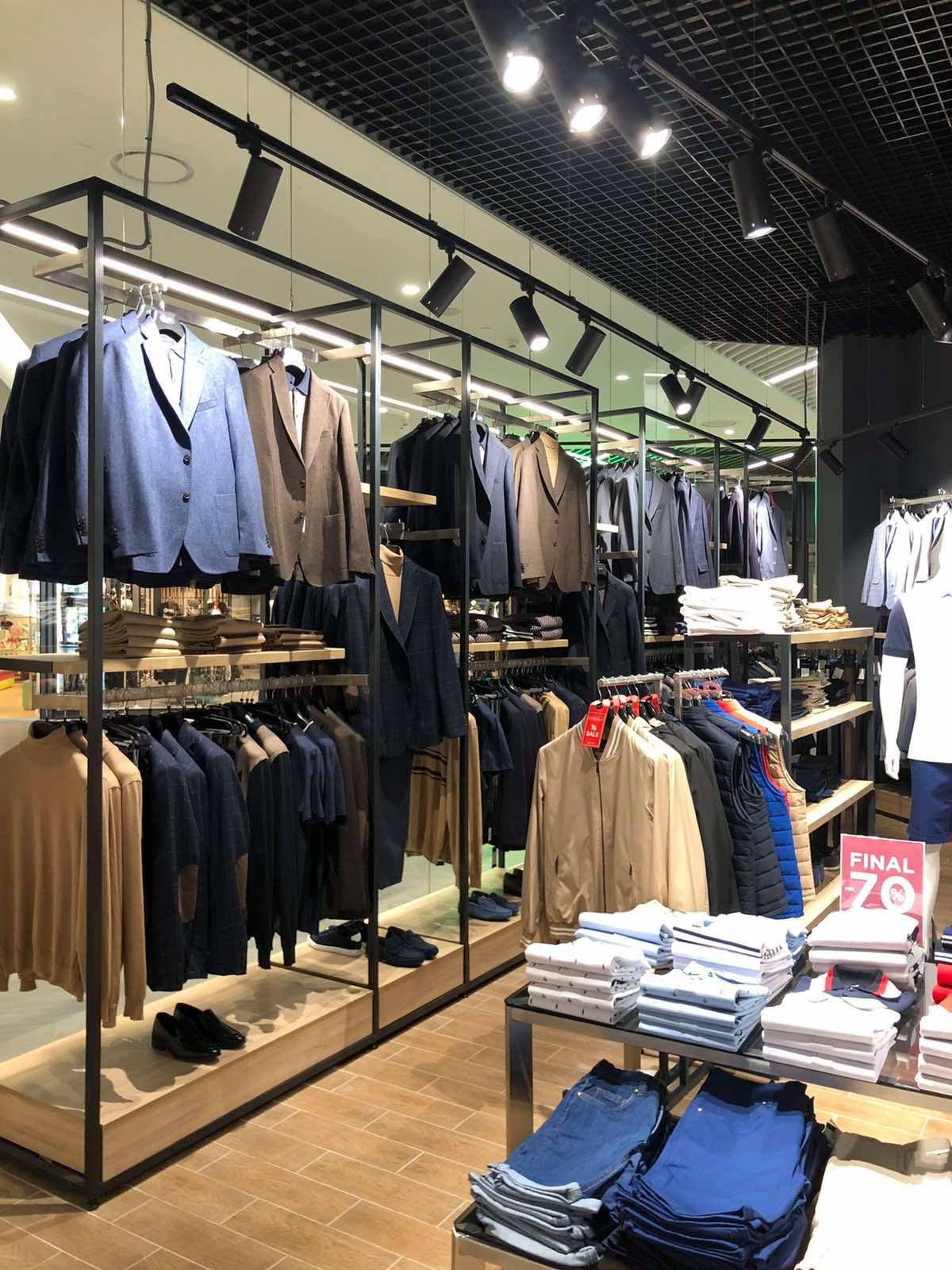 Магазин одежды «Arber», ТРЦ «Retroville» г.Киев